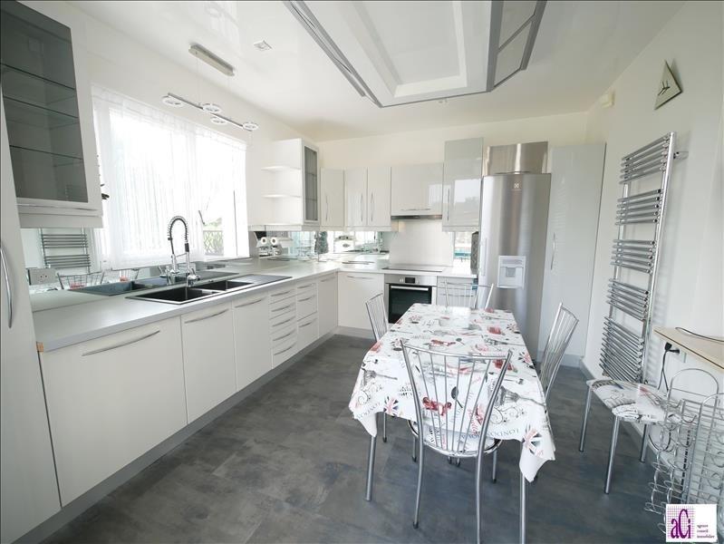 Sale house / villa L hay les roses 730000€ - Picture 5