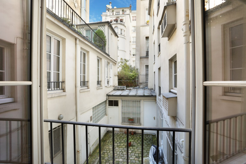 Deluxe sale apartment Paris 6ème 2 300 000€ - Picture 3