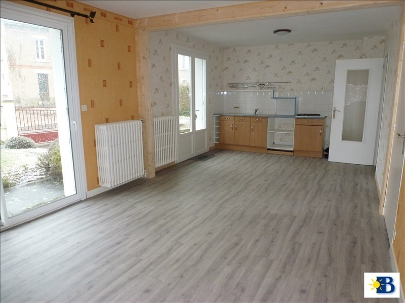 Location maison / villa Availles en chatellerault 560€ CC - Photo 3