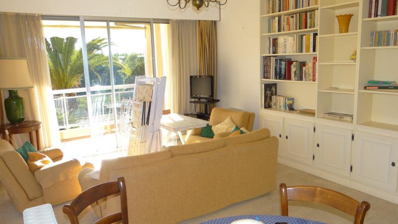 Location vacances appartement Cavalaire 500€ - Photo 13