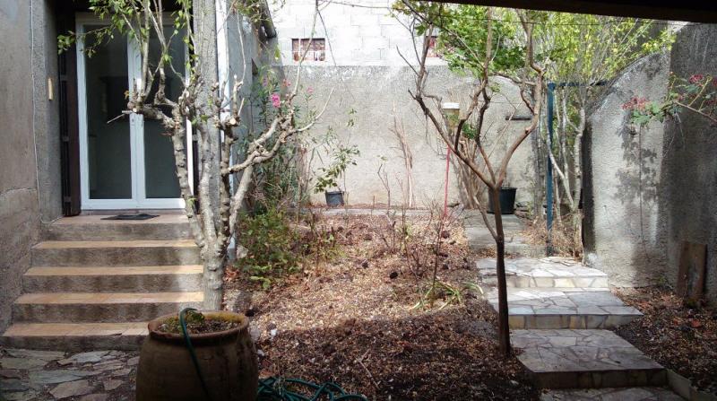 Maison de Village avec jardin, remise et garage