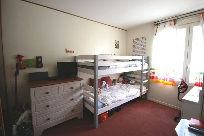 Sale apartment Courbevoie 441000€ - Picture 9