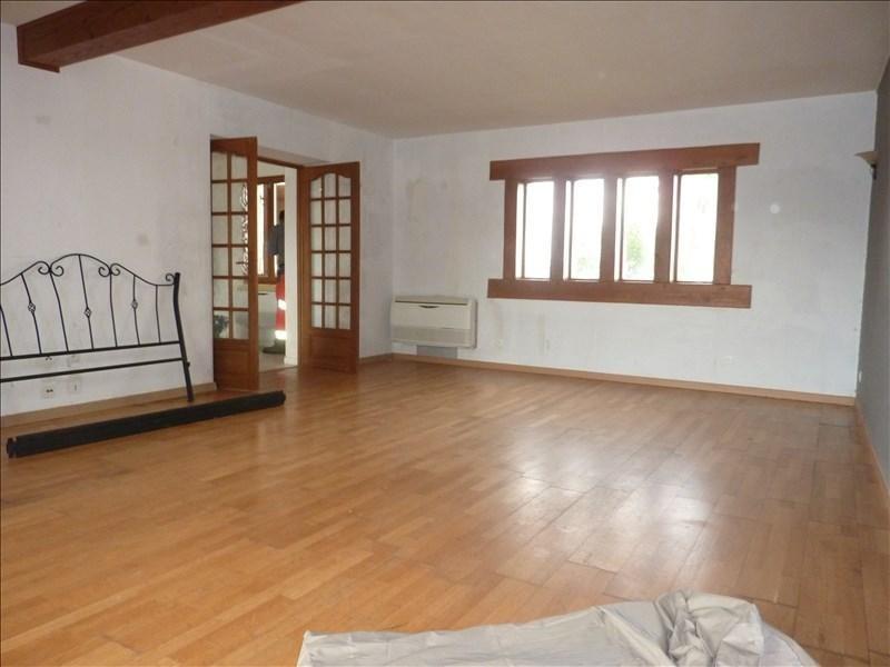 Sale house / villa Nanteuil le haudouin 200000€ - Picture 3