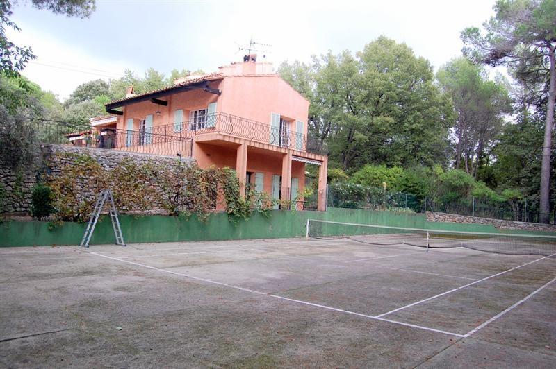 Vente de prestige maison / villa Bagnols en forêt 655000€ - Photo 10