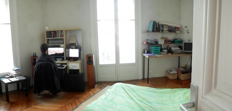 Sale apartment Paris 10ème 930000€ - Picture 11