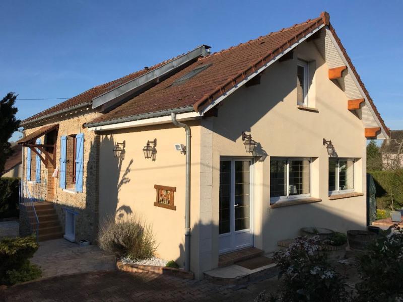Sale house / villa Mouroux 260000€ - Picture 1