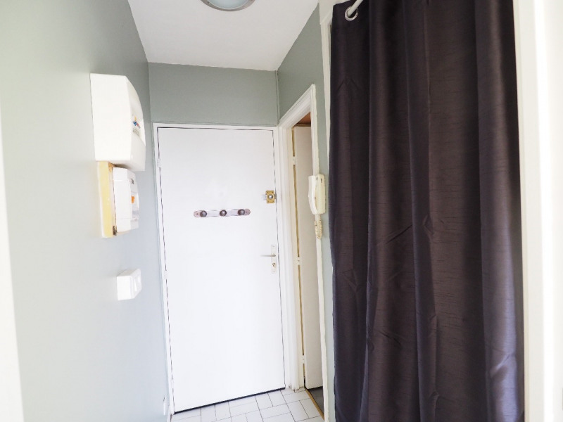 Rental apartment Melun 415€ CC - Picture 3