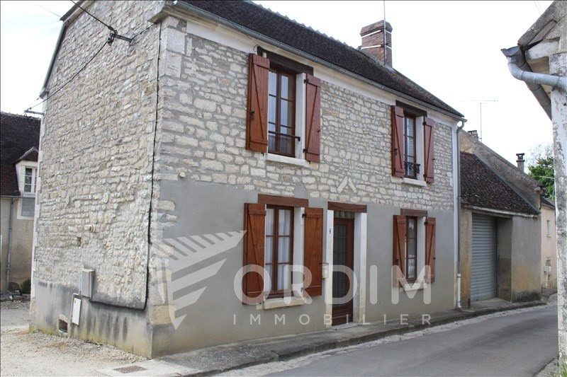 Location maison / villa Chablis 590€ CC - Photo 1