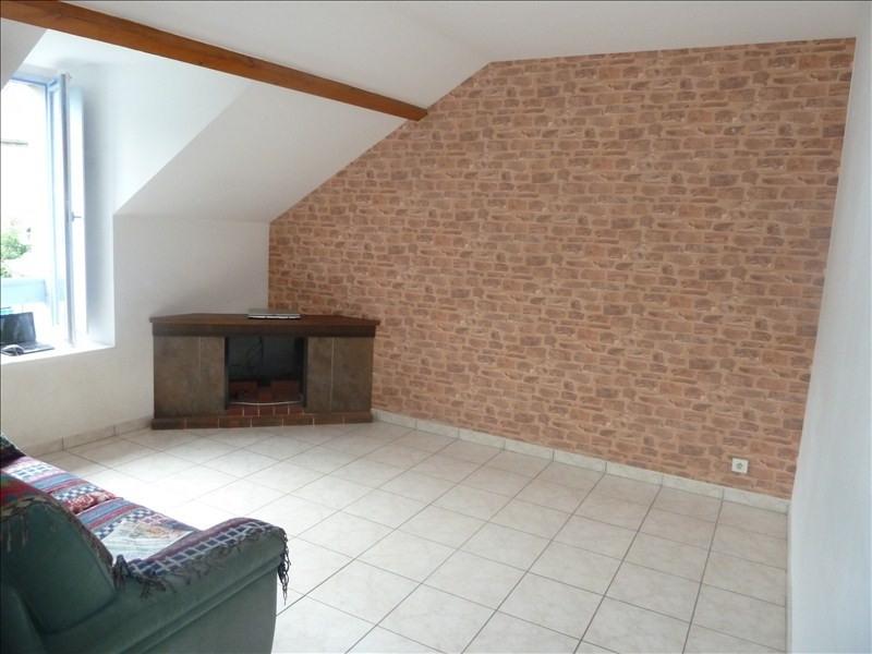 Sale apartment Louvie juzon 125000€ - Picture 4