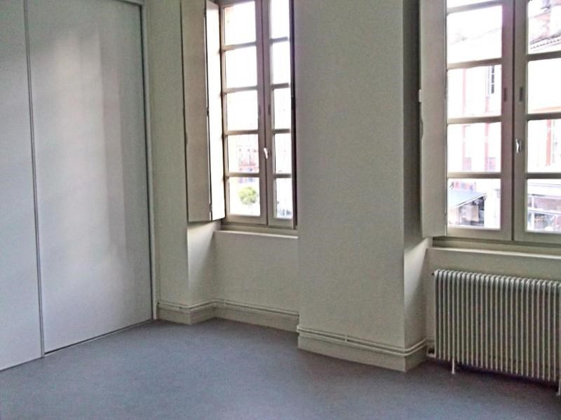 Location appartement Toulouse 618€ CC - Photo 1