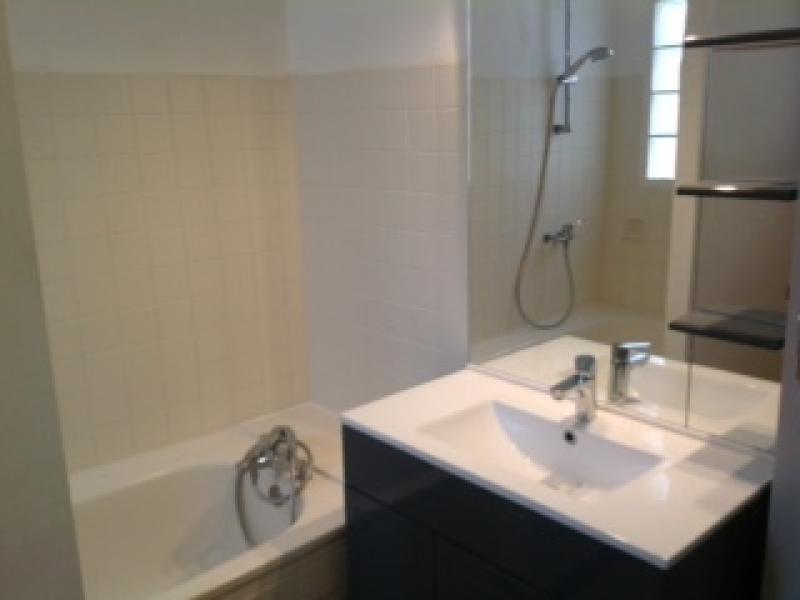 Location appartement Lunel 750€ CC - Photo 6