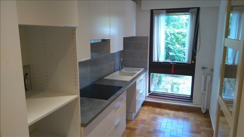 Location appartement Le chesnay 1 058€ CC - Photo 3