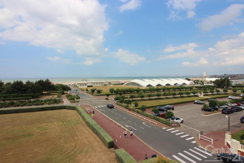 Revenda residencial de prestígio apartamento Deauville 966000€ - Fotografia 12