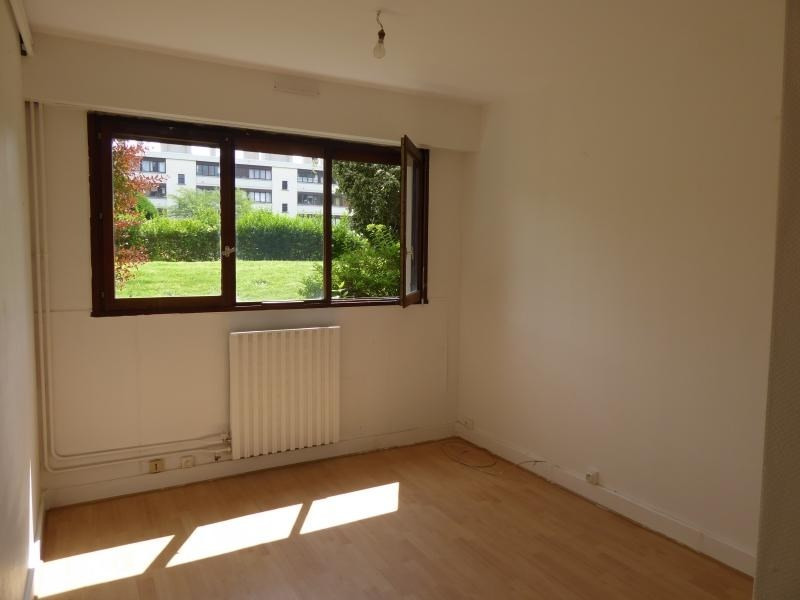 Rental apartment Noisy le roi 430€ CC - Picture 2
