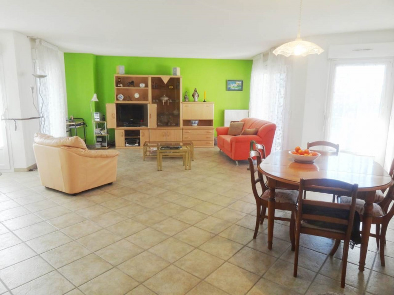 Sale apartment Gaillard 435 000€ - Picture 1