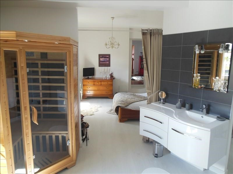 Sale house / villa Belbeuf 379000€ - Picture 6
