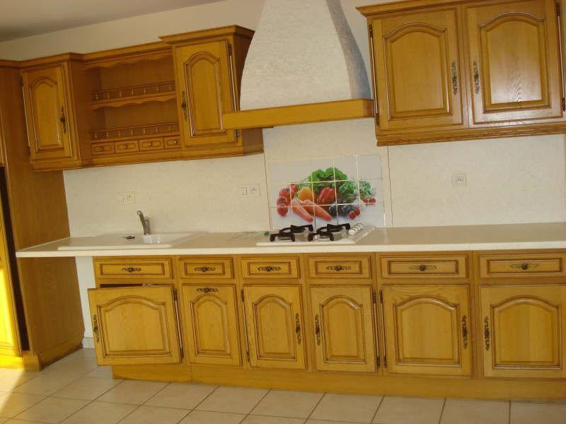 Location maison / villa Tillieres 760€ CC - Photo 3