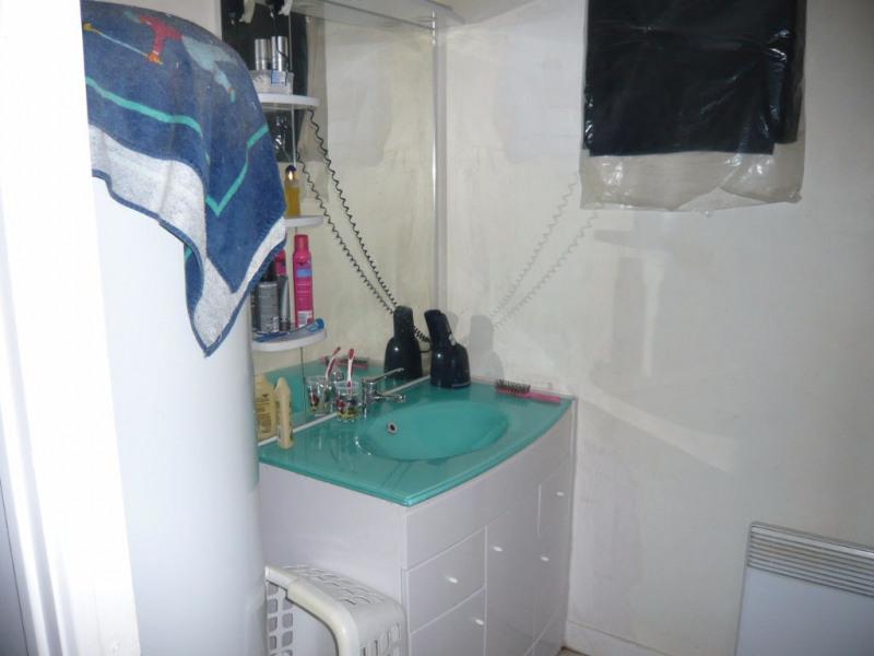 Rental apartment Laval 370€ CC - Picture 3