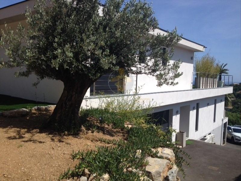 Deluxe sale house / villa Les issambres 1685000€ - Picture 2