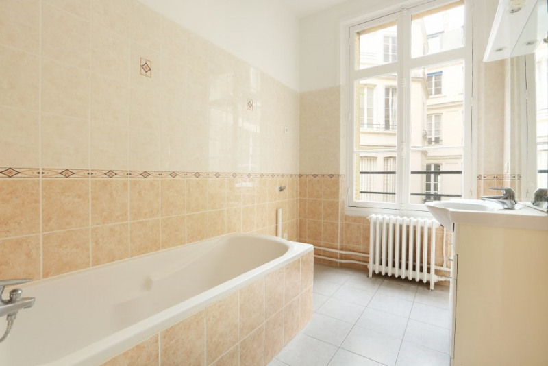 Location appartement Paris 7ème 3 650€ CC - Photo 17