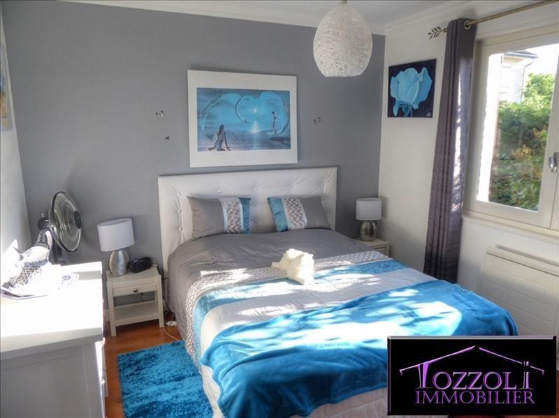 Sale house / villa St quentin fallavier 249000€ - Picture 7