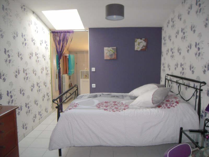 Sale house / villa St aubin de blaye 297000€ - Picture 3