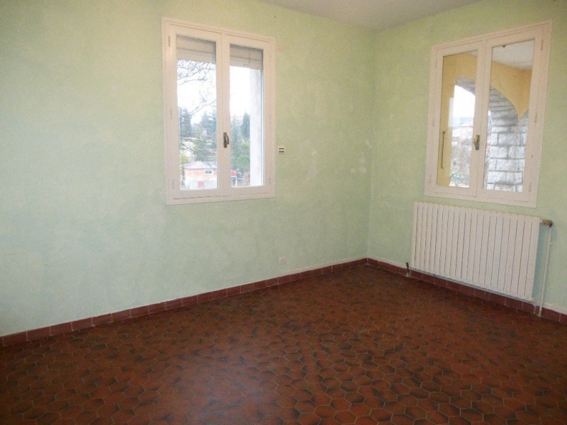 Location maison / villa Villeneuve-de-berg 850€ CC - Photo 10