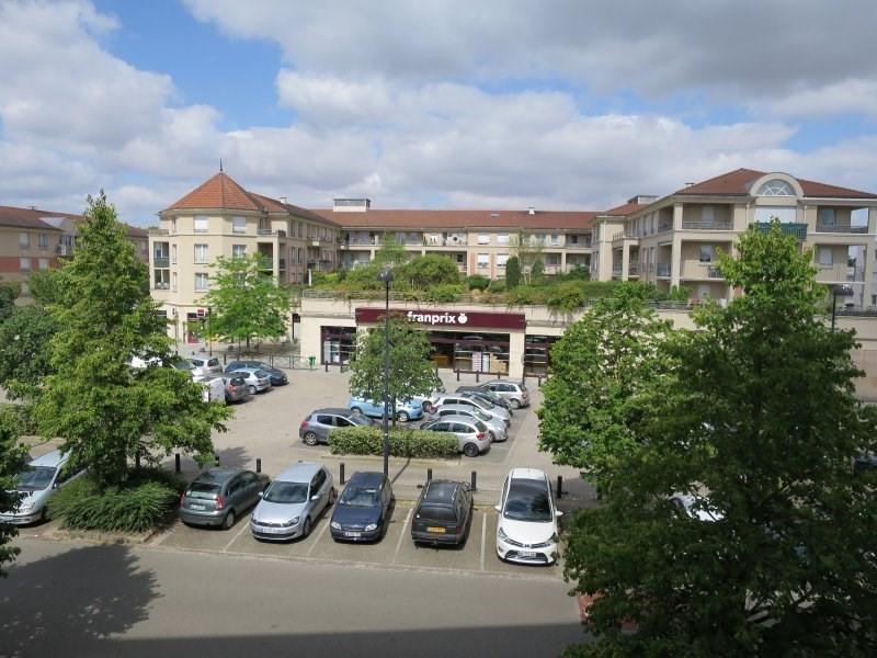 Revenda apartamento Elancourt 99000€ - Fotografia 2