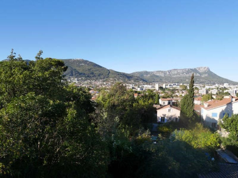Sale house / villa Toulon 464 000€ - Picture 1