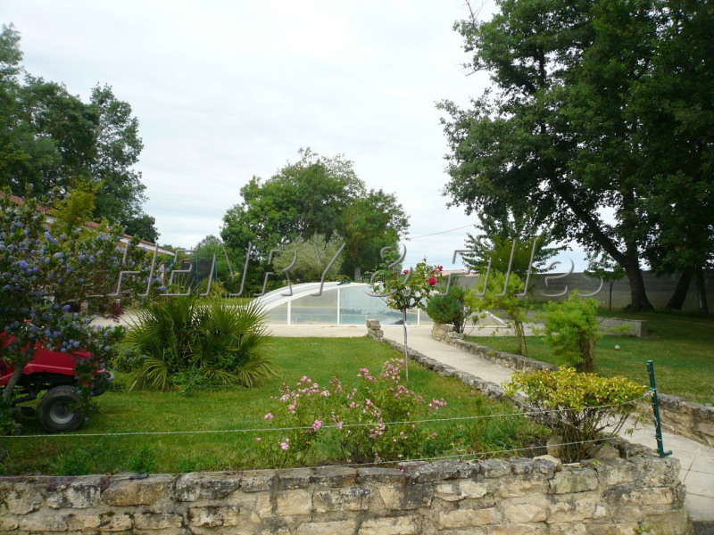 Sale house / villa L'isle-jourdain 10 km 448 000€ - Picture 6