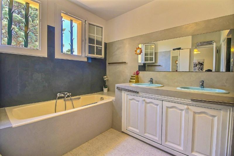 Vente maison / villa Bezouce 399000€ - Photo 8