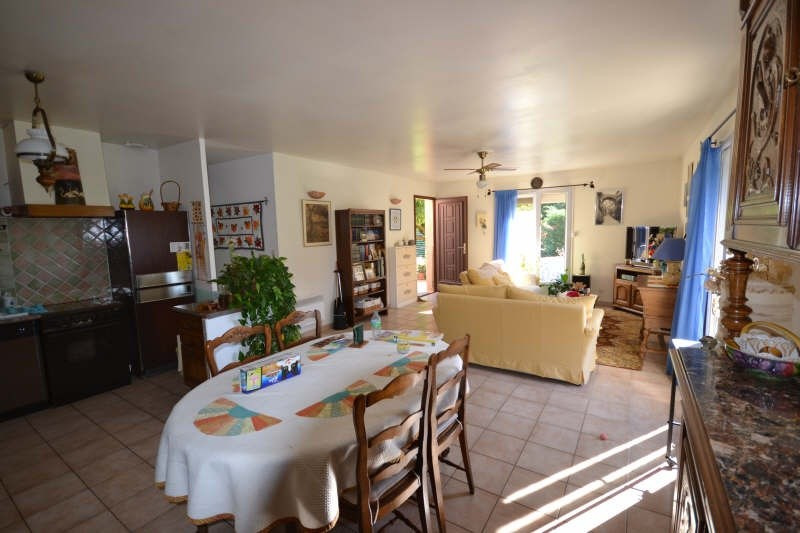 Vente de prestige maison / villa Cheval blanc 595000€ - Photo 7