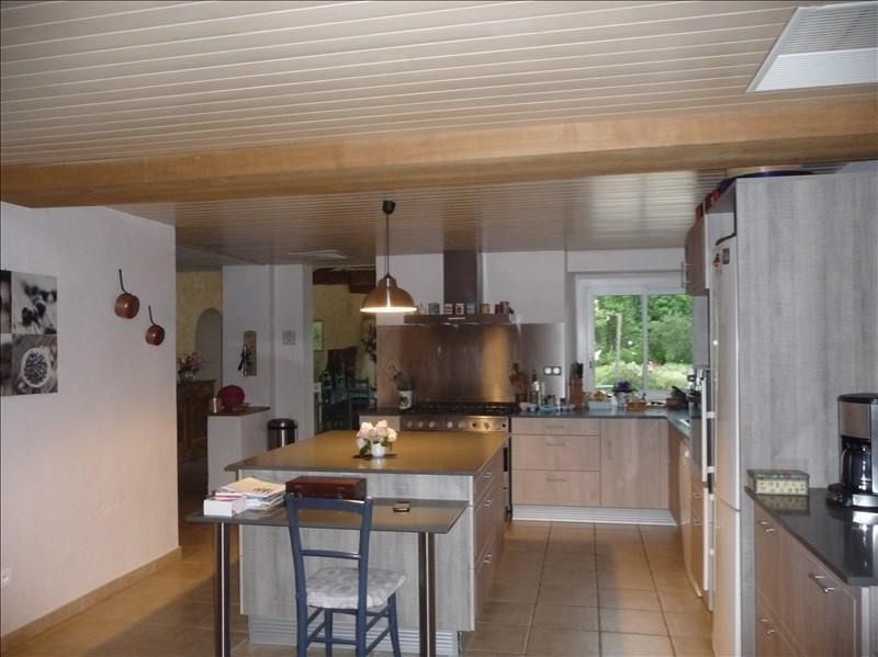 Sale house / villa St etienne d orthe 400 000€ - Picture 2