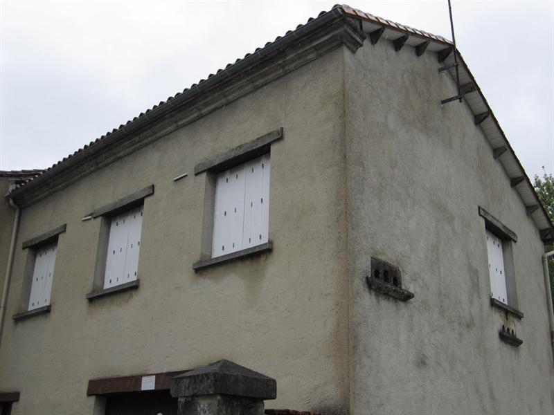 Location appartement Barbezieux-saint-hilaire 436€ CC - Photo 1