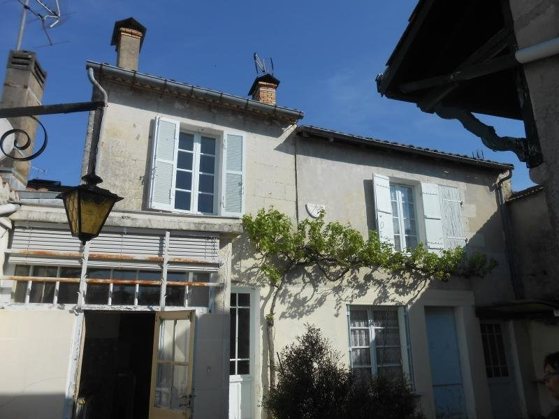 Sale house / villa Montguyon 87 700€ - Picture 1