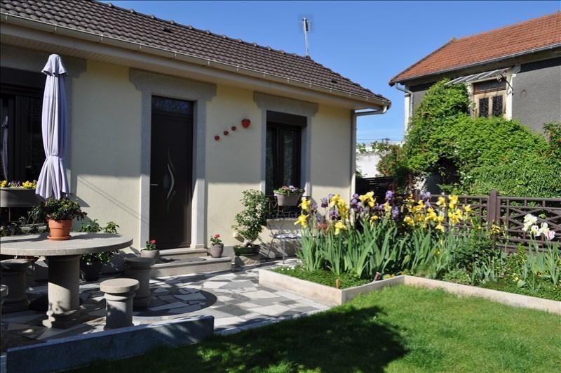 Sale house / villa Villemomble 252000€ - Picture 2