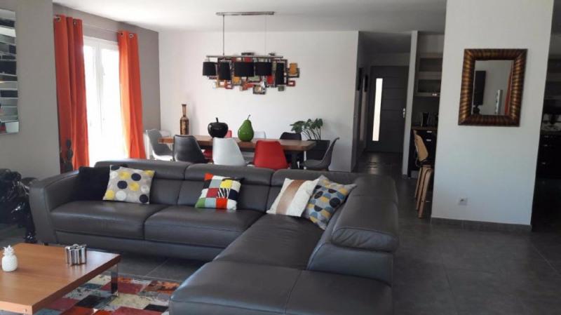 Sale house / villa La crau 550000€ - Picture 4