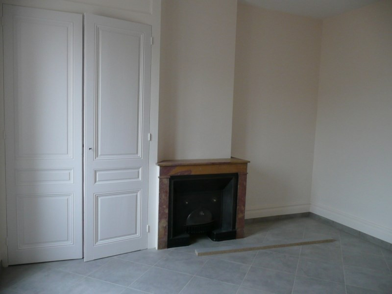Location appartement Oullins 730€ CC - Photo 5