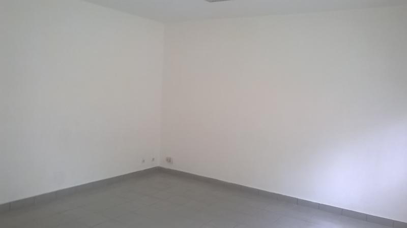 Rental empty room/storage St pierre 3000€ HT/HC - Picture 5