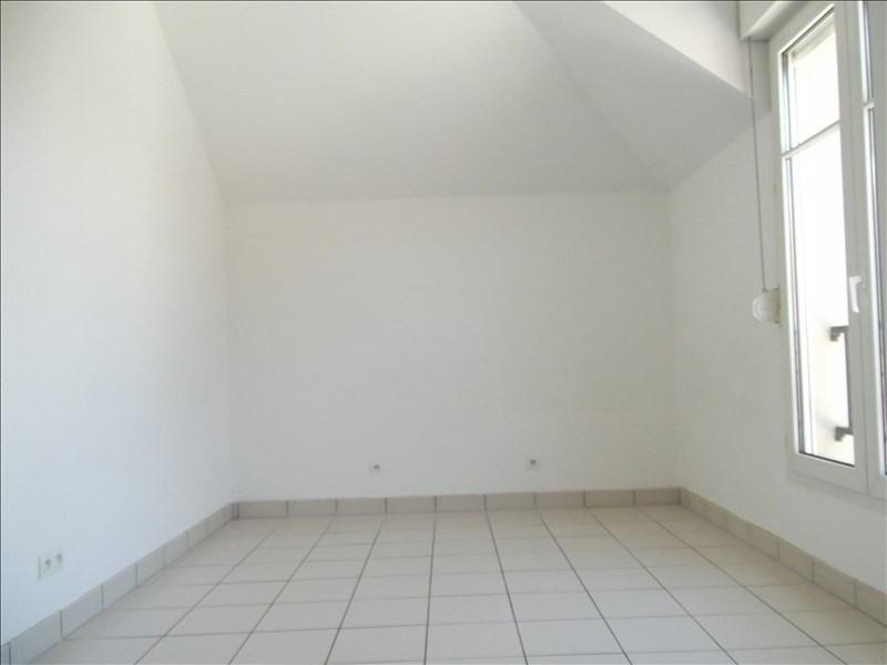 Rental apartment Voisins le bretonneux 1592€ CC - Picture 9