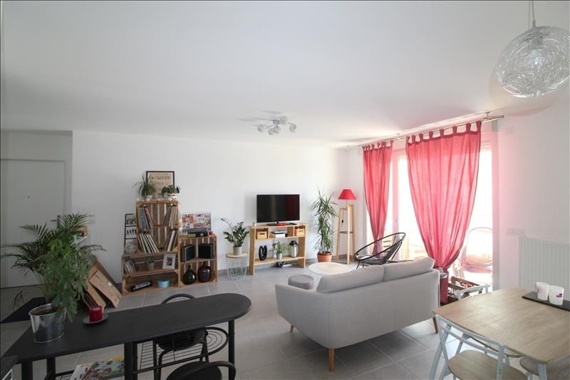 Rental apartment Voiron 770€ CC - Picture 3