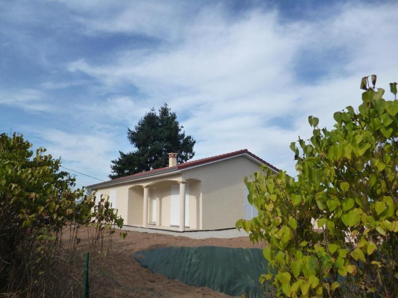 Rental house / villa St romain de popey 990€ CC - Picture 1