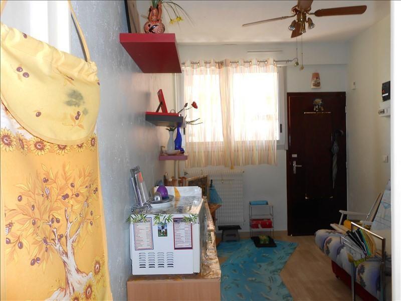 Sale apartment Le golfe juan 76400€ - Picture 3