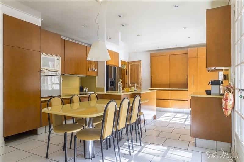 Revenda residencial de prestígio casa Les michels 680000€ - Fotografia 3