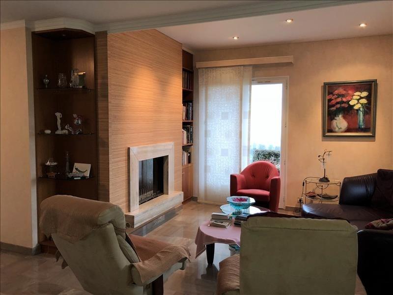 Deluxe sale house / villa Cranves sales 619000€ - Picture 4