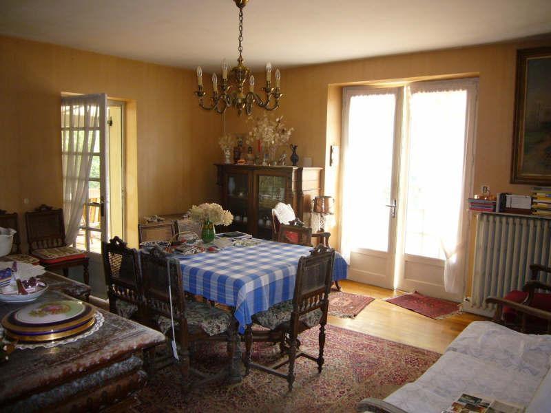 Sale house / villa Champagnac de belair 106900€ - Picture 3