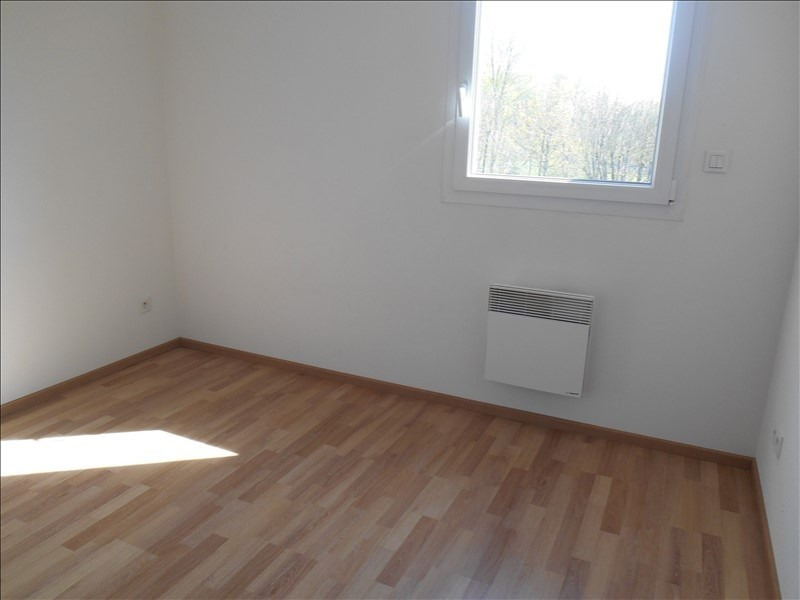Rental apartment St julien les villas 720€ CC - Picture 5