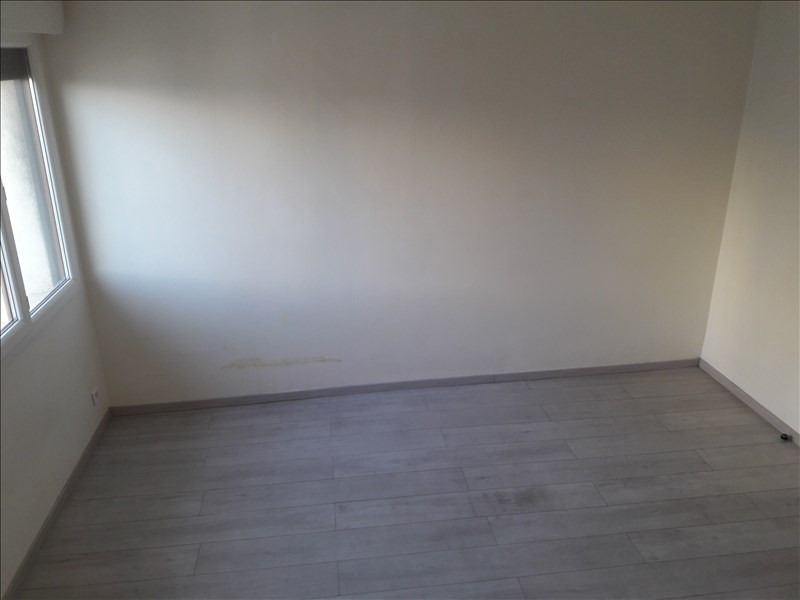 Location appartement Marseille 4ème 550€ CC - Photo 7