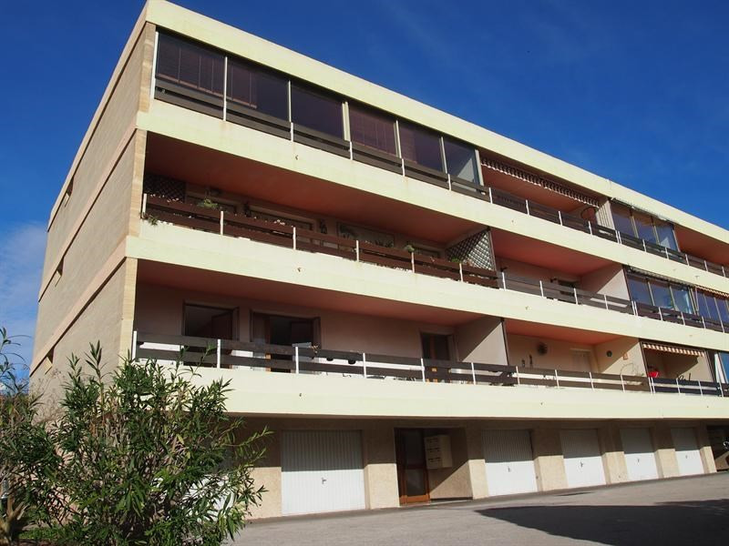 Vacation rental apartment Bandol 460€ - Picture 1