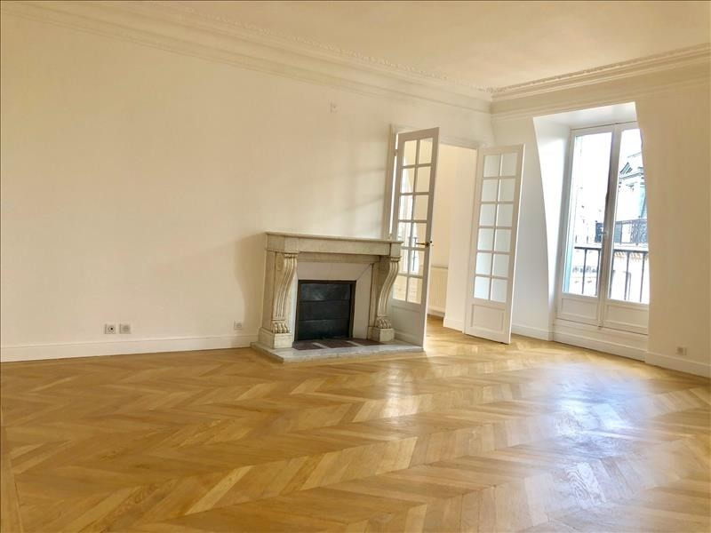 Rental apartment Paris 1er 5 360€ CC - Picture 1